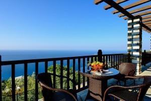 prasino-galazio-balcony09