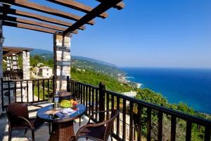 prasino-galazio-balcony01
